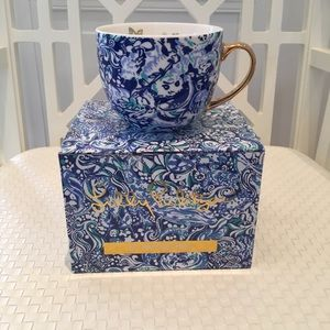 "Lilly Pulitzer Coffee Mug GWP- ""60 Animals"" new"